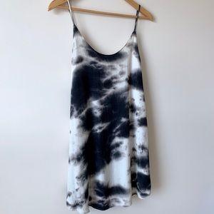 Show Me Your MuMu Dresses - 🌵 B&W Tie Dye Tank Dress | Boho Mumu Style